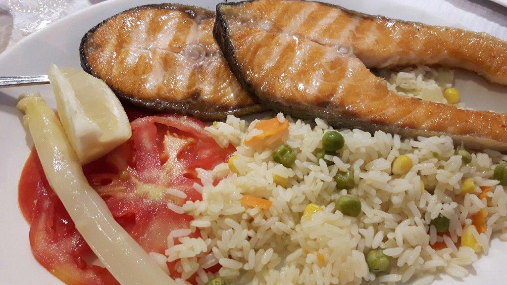 Salmon plancha restaurante el Cortes